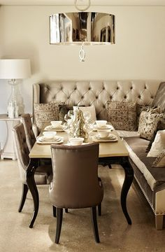Dining--LOVE the idea.Dining Nook with Tufted Banquette.diff table and comfy chairs. Decoration Inspiration, Room Inspiration, Design Inspiration, Banquette Seating, Corner Banquette, Booth Seating, Kitchen Banquette, Corner Seating, Kitchen Seating