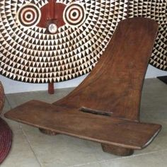 Tiv Stargazer Chair (Nigeria)  Looks very comfortable and stable for the body!