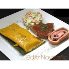 el plato típico navideño de Venezuela: hallacas, pernil, pan de jamón y ensalada de gallina con papas!
