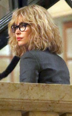 "batwayneandninjaangels: ""Megan Fox on the set of 'Teenage Mutant Ninja Turtles filming in Grand Central in New York City. Megan Fox Blonde, Celebrity Gossip, Celebrity News, Wearing Glasses, Blonde Wig, 2 Set, 80s Fashion, Tmnt, Portrait"