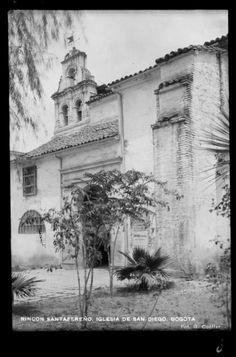 Rincón santafereño. Iglesia de San Diego (Bogotá, Colombia) | banrepcultural.org Japan Spring, Santa Fe, Spring Time, San Diego, History, Photography, Old Doors, Bogota Colombia, Old Pictures