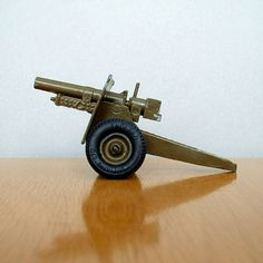 Vintage Military Miniature TOY Cannon DIECAST Britains Ltd ENGLAND c.1960's #ToyCannon #VintageToys https://www.etsy.com/listing/175727967/vintage-military-miniature-toy-cannon?ref=related-7
