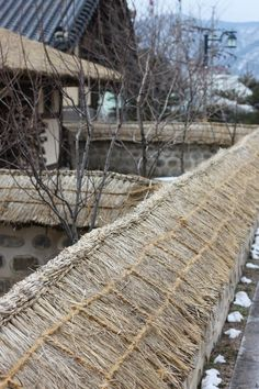 Thatching for walls in the Sokcho Museum & Displaced Civilians Folk Village, #Sokcho #Korea