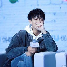 Happy Zitao is best Zitao Tao Exo, Chanyeol Baekhyun, Rapper, Huang Zi Tao, Exo Korean, Kim Minseok, Kung Fu Panda, Kris Wu, Exo Members