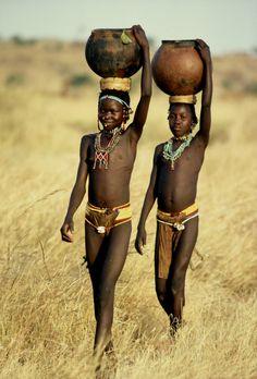 "Africa | ""The Nuba .... Nuba Mountains, Sudan"" | ©Kazuyohi Nomachi"