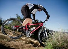 Bicycle Fit: Position, Comfort Control Tips Bicycling Magazine, Fit And Fix, Six Pack Abs, Only Shoes, Cool Bikes, Triathlon, Health Fitness, Bicycle, Positivity