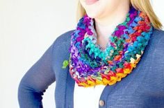 Simple Sari Ribbon Cowl - Digital Download - Darn Good Yarn