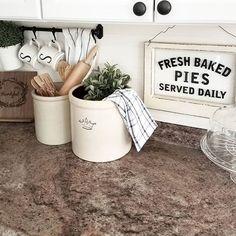 Farmhouse kitchen decor | @chels.tre IG | old crocks | styling