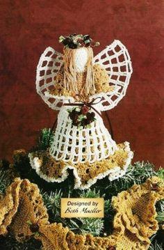 Free holiday Crochet Patterns | Crochet Pineapple Lace Christmas ...