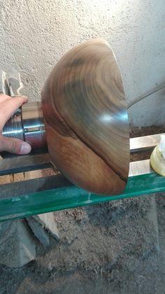 Walnut bowl Lathe Projects, Wood Turning Projects, Wood Projects, Woodworking Projects, Wooden Art, Wooden Bowls, Router Woodworking, Cnc Router, Bowl Turning