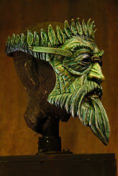 Possibility for Minos, Rhadamanthus, Aeacus, and Pluto. Suitably otherworldly and scary as well as obviously godlike. Mascara Papel Mache, Symbole Viking, Arte Fashion, Leather Mask, Cool Masks, Masks Art, Diy Halloween Decorations, Green Man, Mask Design