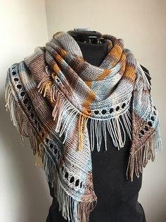 Ravelry: September Shawl pattern by Caroline Wiens Knitted Shawls, Crochet Shawl, Knit Crochet, Vogue Knitting, Loom Knitting, Shawl Patterns, Knitting Patterns, Knitting Ideas, Knit Wrap Pattern
