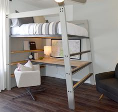Dieses Hochbett ist sowohl langlebig als auch funktional und zeichnet sich durch… This loft bed is both durable and functional and is characterized by clear, modern lines. The bed shown is a double bed made of – Source by Bunk Beds With Stairs, Kids Bunk Beds, Bunk Bed With Desk, Desk Under Bed, Loft Bunk Beds, Diy Storage Design, Storage Ideas, Clever Design, Modern Bunk Beds