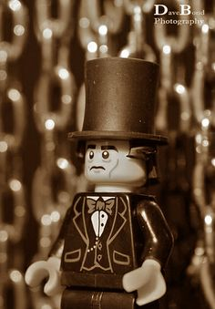 My Lego interpretation of the famous Brunel image in front of the chains. Isambard Kingdom Brunel, Lego Minifigs, Cool Gear, Chains, Hero, Christmas Ornaments, Cool Stuff, Toys, Holiday Decor
