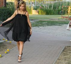 black baloon dress #bridesmais #littleblackdress #fashion