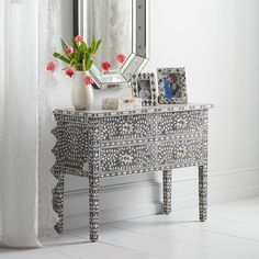The mango wood with inlay mother of pearl four-drawer console is made by hand, so every one is special and slightly different. Contemporary Apartment, Contemporary Interior, Console Table Living Room, Console Tables, Black And White Theme, Decoration, Furniture Design, Interior Design, Interior Ideas