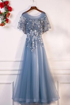 On Sale Colorful Long Prom Dresses, Blue Round Neck Tulle Lace Long Prom Dress, Blue Evening Dress Colorful Prom Dresses, Dresses Short, Prom Dresses Blue, Homecoming Dresses, Lovely Dresses, Long Gowns, Party Dresses, A Line Evening Dress, Blue Evening Dresses