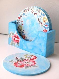 Provids good selection of bedchamber furniture & bed room groups along with residence decor from Coaster Furniture. Table Coasters, Wooden Coasters, Coaster Furniture, Furniture Decor, Decoupage Table, Tea Coaster, Ornament Hooks, Dot Art Painting, Blue Pottery