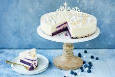 Itsenäisyyspäivän juustokakku Cheesecakes, Independence Day, Vanilla Cake, Delicious Desserts, Berries, Sugar, Chocolate, Baking, Food