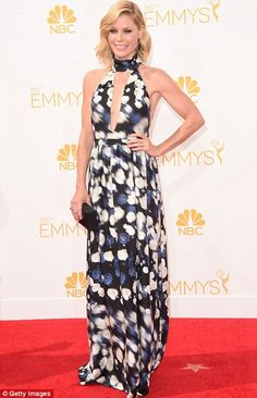 Julie Bowen sported a blue, black and white floral halterneck at the 2014 Emmys http://dailym.ai/1lufdYb