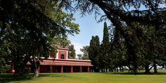 La Bamba: one of the oldest estancias in Argentina who successfully combines luxurious comfort and colonial elegance.