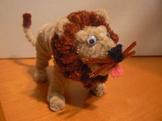 pipe cleaner Lion