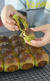 Green Tea Buns with Adzuki Beans