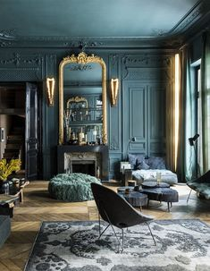Paris Apartment Interiors, Apartment Interior Design, Decor Interior Design, Color Interior, Interior Paint, Paris Apartments, Apartment Living, Interior Livingroom, Design Interiors