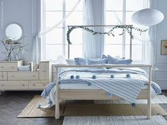 Resultado de imagen para gjora ikea bed hack... without the flowers but love the bed