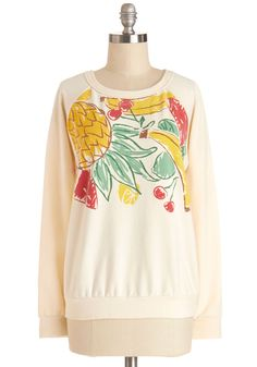 Smoothies at Sunset Sweatshirt. Todays warmer-than-normal temperatures had you out and about with your pals - now that dusk has set, slip on this cream sweatshirt for your trip to the smoothie shack! #white #modcloth