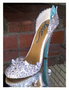 Hey, I found this really awesome Etsy listing at https://www.etsy.com/listing/157840022/high-heel-edible