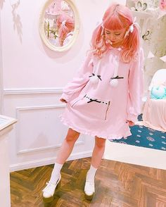 suzukaのデザインしたワンピースこの前着たらなまらかまいい😊❤️❤️❤️ ぽんぽんも、フリフリも、りぼんもsuzukaらしさ全開まる🙆🏻 12月2日発売だからたのしみぃ☺️わくわく #suzukaシリーズ #Swankiss #ひかぷぅ#いちごみるく #🎀