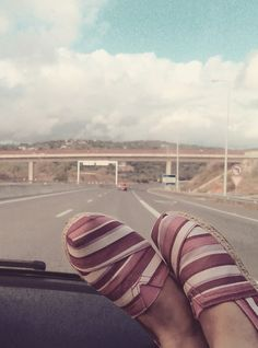 Travel from Lisbon to Algarve with my lollypop shoes! My favorite word is TRAVEL!!!!!!!