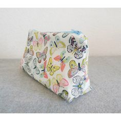 Cosmetic Bag Butterflies ($10) via Polyvore featuring beauty products, beauty accessories, bags & cases, makeup bag case, purse makeup bag, toiletry bag, travel toiletry case and cosmetic bags