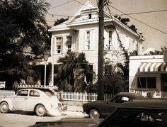 Duval Street 221 by Florida Keys--Public Libraries, via Flickr Key West Florida, Old Florida, Florida Usa, Florida Keys, South Florida, Vintage Pictures, Old Pictures, Big Pine Key, Fl Keys