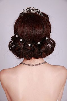 Hair inspiration #bridal #updo #hairstyles