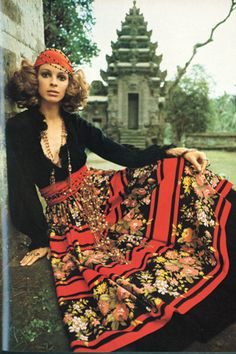 """In the 1970s a new """"mood"""" was announced through the delicate pages of Vogue Australia."""