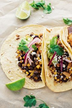 The Best Vegetarian Tacos. Mind-blowing Vegetarian Tacos A healthy dinner that is SO flavorful satisfying and only takes 30 minutes to make. The best tacos ever! Vegetarian Tacos, Quick Vegetarian Meals, Healthy Dinner Recipes, Healthy Snacks, Vegan Recipes, Veggie Tacos, Vegan Burrito, Fast Recipes, Healthy Protein