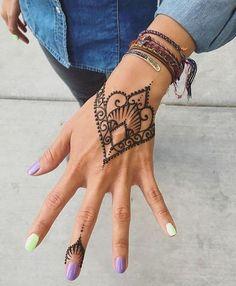 30 Most Popular Mehndi Tattoo Designs (12)