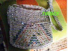 MARLY THIBES: bolsa de lacre de latinhas e croche  ( RECICLAGEM)