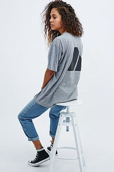 Oversized t-shirt with jeans
