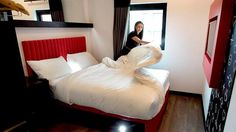 Is cheap, but doesn't feel cheap ... Melbourne's new Tune Hotel.