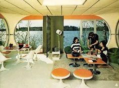 Retro lounge inside the pod house Vintage Interior Design, Vintage Interiors, Vintage Design, Vintage Space, Interior Modern, Bubble House, Colani, Futuristic Interior, Futuristic Furniture