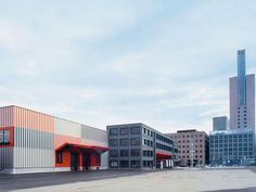The Cargo Center is located in the extension area of the Frankfurt exhibition grounds and serves as the central goods receiving and distribution department on the exhibitions grounds. The objective…