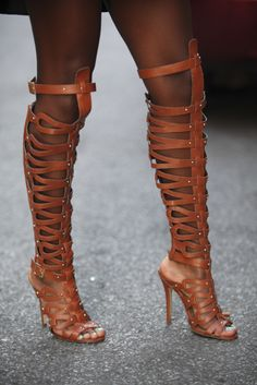 The Gladiator - Accessories Street Style: Stepping It Up