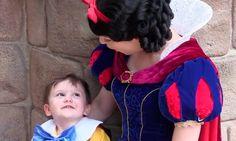 El tierno momento en el que este pequeño con autismo se enamora de Blancanieves