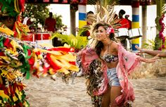 Nicole Scherzinger steps out in Antigua looking beautiful in a floral beaded bralet top, cutoffs and silk kimono | 'X Factor' TV programme, Judges' houses, Antigua, West Indies, Caribbean - 18 Sep 2013