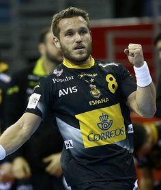Víctor Tomás celebra un gol.