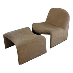 Mid Century Modern Alky Lounge Chair With Matching Ottoman | Giancarlo Piretti for Castelli - $650