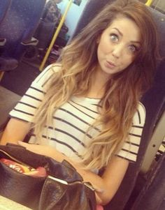 Dip dye Zoella love her hair. Absolutely love her hair! Zoella Hair, Zoella Beauty, Hair Beauty, Blond Ombre, Brown To Blonde, Brown Hair, Hair Inspo, Hair Inspiration, Fashion Inspiration